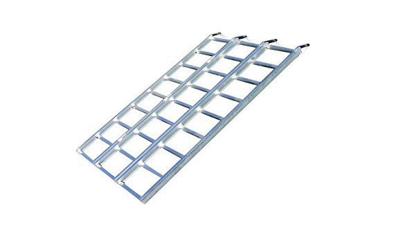Yutrax Tri-Fold Aluminum Loading Ramp